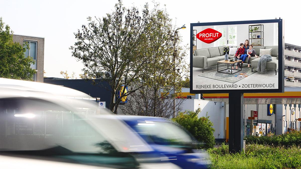 Adverteren in Alphen - Eisenhowelaan - Inkomend verkeer
