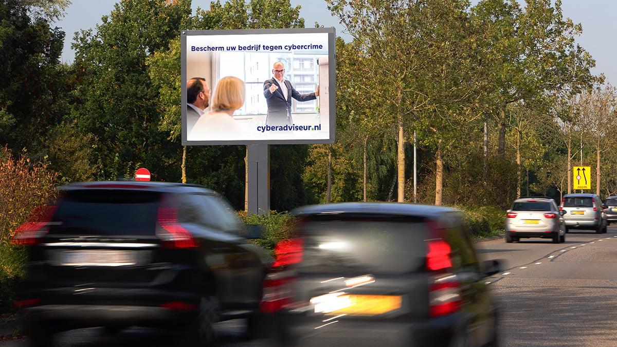 Adverteren in Alphen - Eisenhowerlaan - uitgaand verkeer