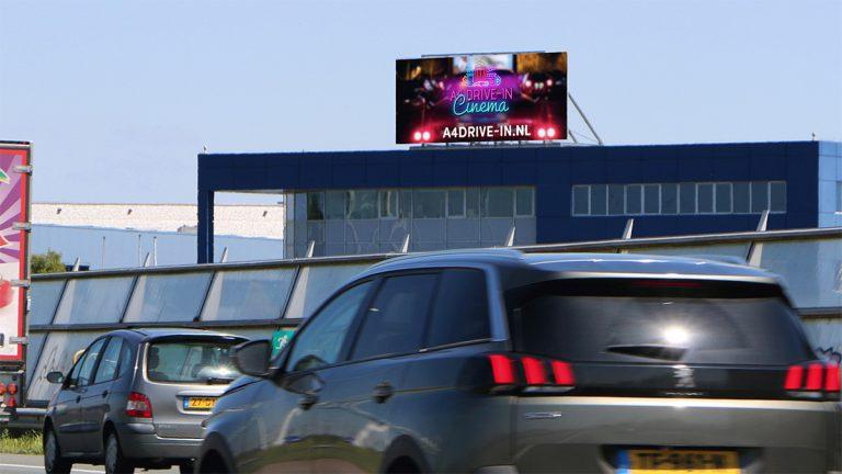 Adverteren langs de A4 - Roelofarendsveen - Snelwegreclame